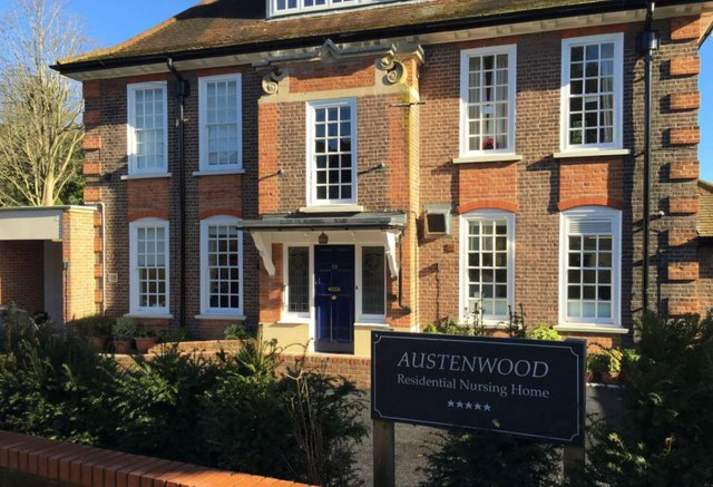 Austenwood Nursing Home in Gerrards Cross exterior of home