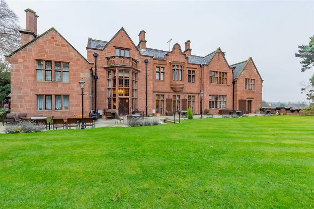 Caldy Manor Care Home in Wirral exterior of home