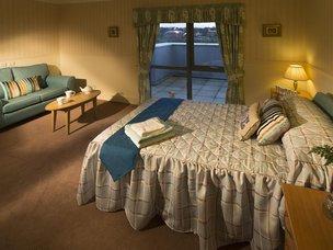 Bedroom in Broadway Halls Care Home
