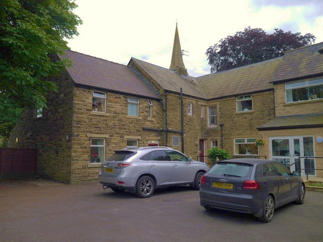 Beech Grove Care Home in Bradford front exterior