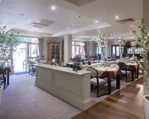 Dinning Room in Bentley House