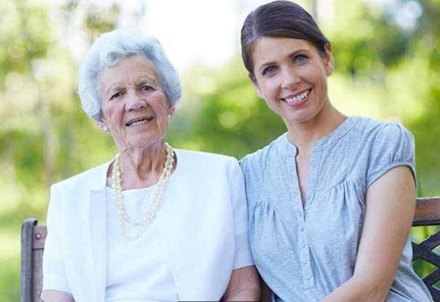 Berkeley Home Health Surrey and Berkshire elderly lady with her carer