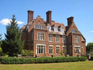 Brookwood Manor Care Home in Sudbury