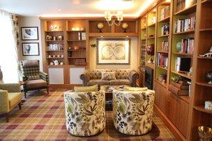 Library in Pembroke House
