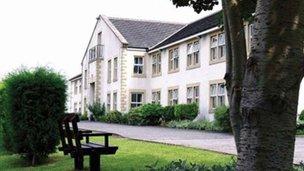 Linson Court Care Home - Exterior