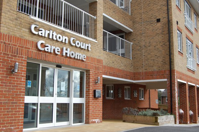Carlton Court Nursing Home in Barnet front exterior of the home