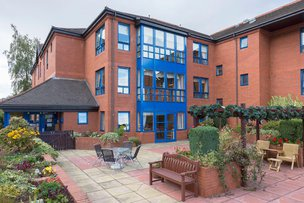 Clarence Court Care Home in Broomhill