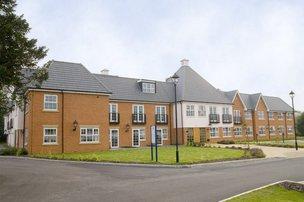 Cranmer Court Nursing Home in Warlingham exterior of property