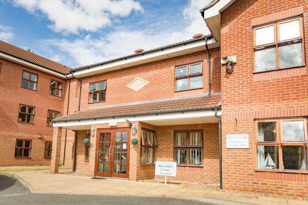Alexander Court Care Centre - Exterior