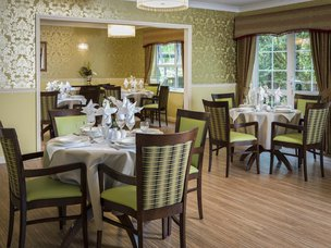 Dinning Room in Claremont Parkway Care Home