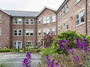 Front Exterior v2 of Boroughbridge Manor Care Home