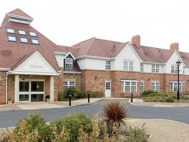 Front Exterior of Brampton View Care Home