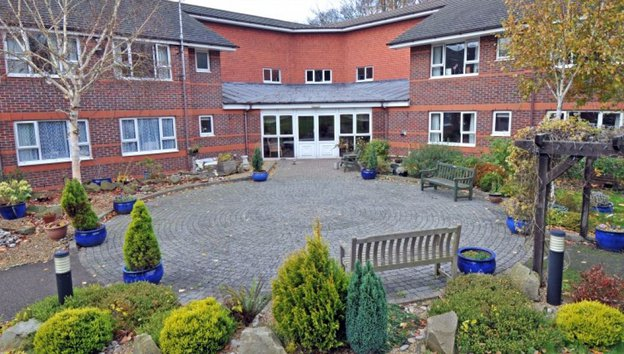 Greenbanks Care Home in Watford