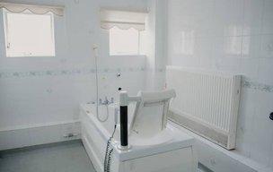 Agincare Gainsborough Care Home Bathroom