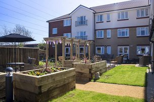 Pear Tree Court Care Home in Horndean