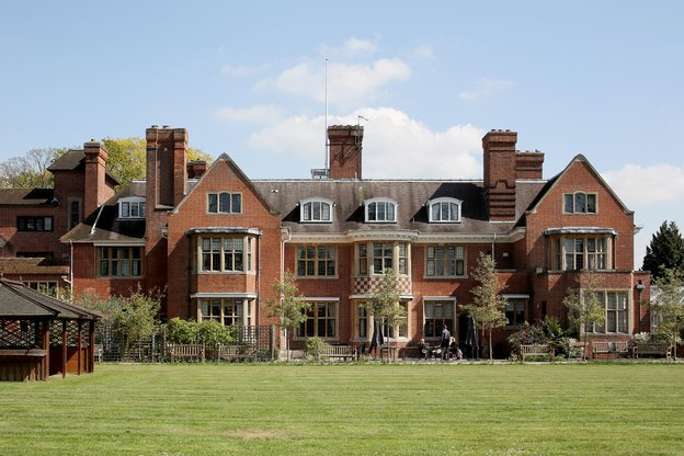 Glebelands House Nursing Home in Wokingham