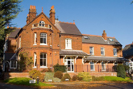 Guysfield Care Home in Letchworth exterior of home