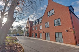 Bickerton House Care Home in Bracknell