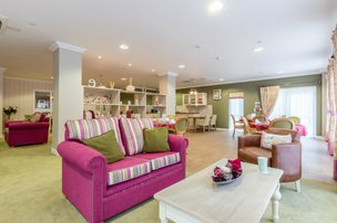 Invicta Court Care Home Weavering Lounge