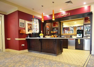 Cafe in Coombe Hill Manor