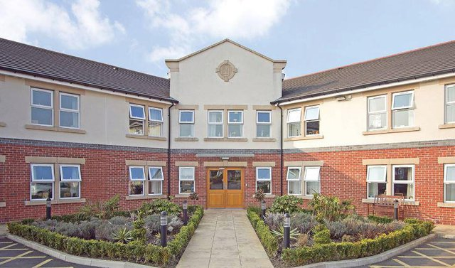 Longridge Hall and Lodge Care Home in Preston front exterior of home