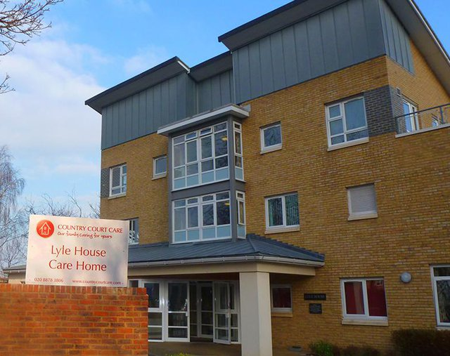 Lyle House Care Home in Roehampton
