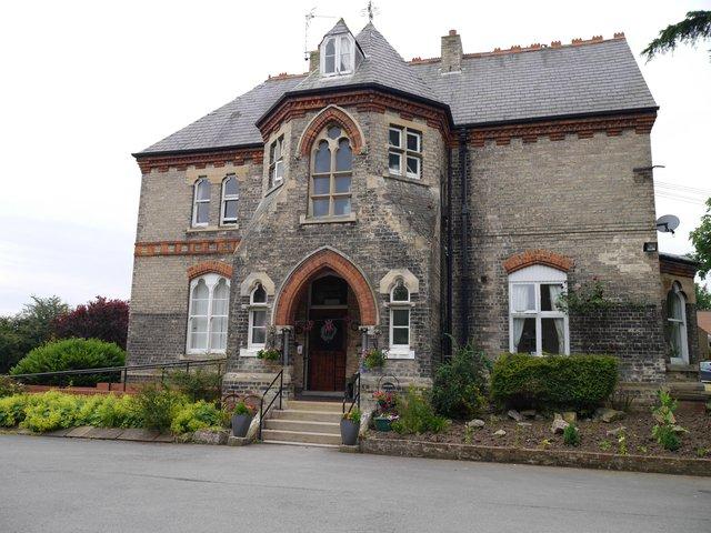 Cedar Grange Care Home in Beverley front exterior