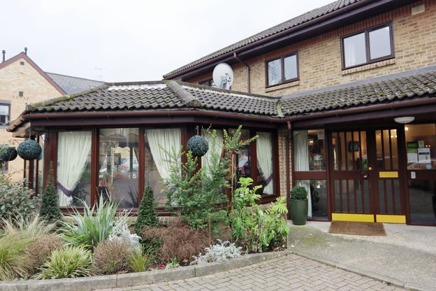 Queen Elizabeth House Care Home in Bromley