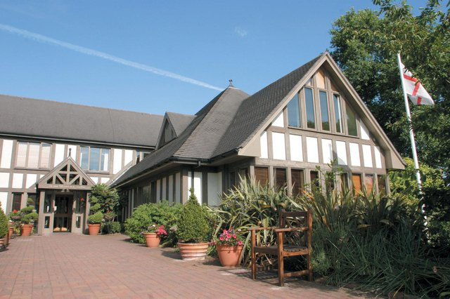 Richmond Village Nantwich Care Home in Nantwich front exterior of home