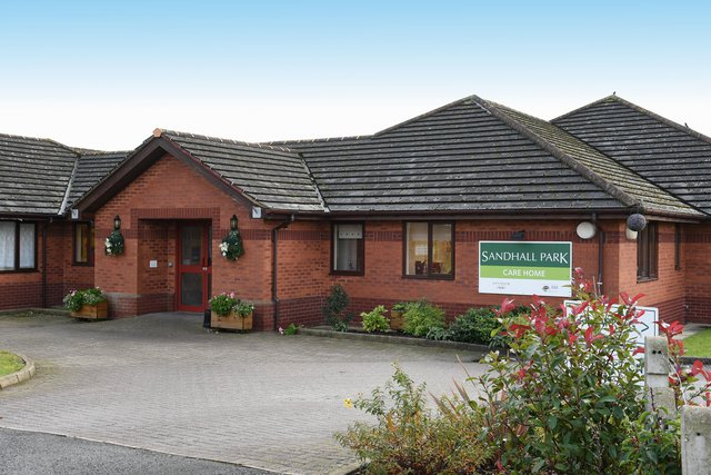Sandhall Park Care Home in Goole front exterior of home