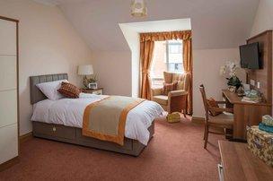 Lavender Court Somerset Care Bedroom