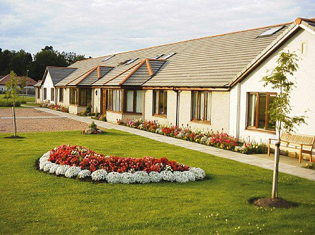 Strathview Care Home in Auchtermuchty exterior of home
