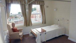 Sunrise nursing home Felixstowe IP11 7HQ Bedroom