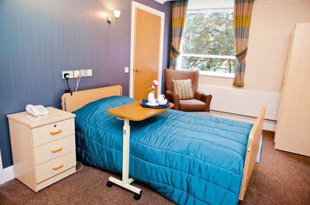 The Chiswick Nursing Centre in London bedroom