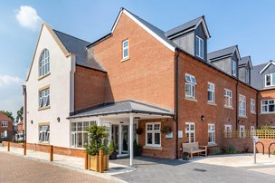 The Fernes Care Home in Fareham exterior of home