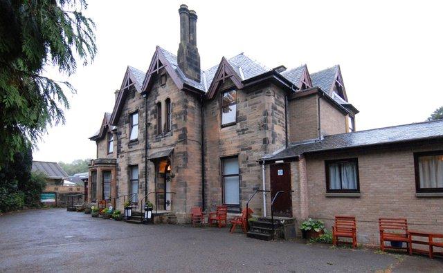Wallside Grange Nursing Home in Falkirk front exterior of building