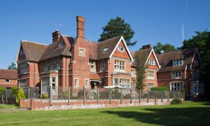 Woodbury House Care Home in Swallowfield