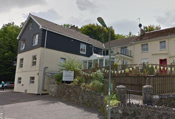 Redmount Care Home in Buckfastleigh exterior of home